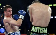 Saul Canelo Alvarez besiegte WBO-Champion Liam Smith